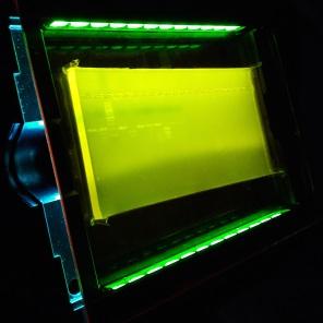 Gerät zur Sichtbarmachung von DNA in einem aufliegenden Agarosegel (Transilluminator mit Amberfilter)